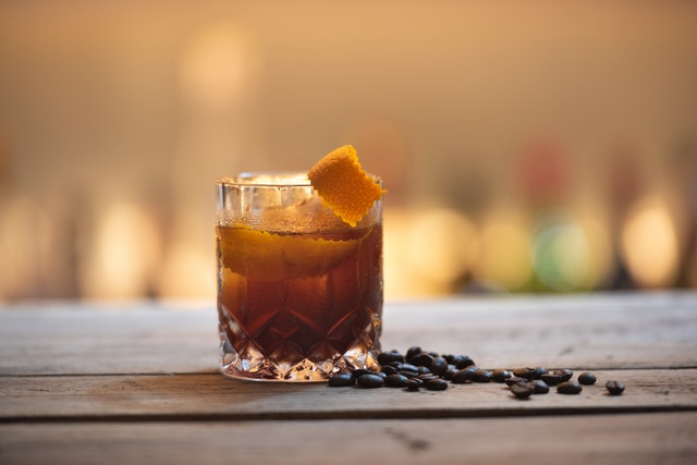 Aperçu Cocktail de rhum ambré : les meilleures boissons alcoolisées