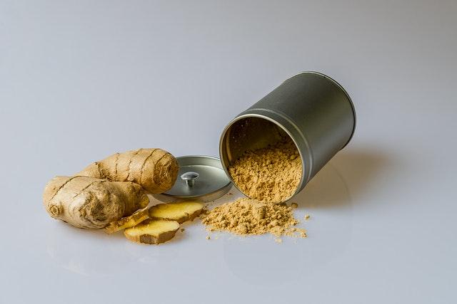 Rhum arrangé gingembre : préparation et bienfaits